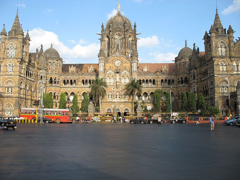 """Estación de tren """"Chatrapati Shivaji"""" antigua Estación Victoria"""