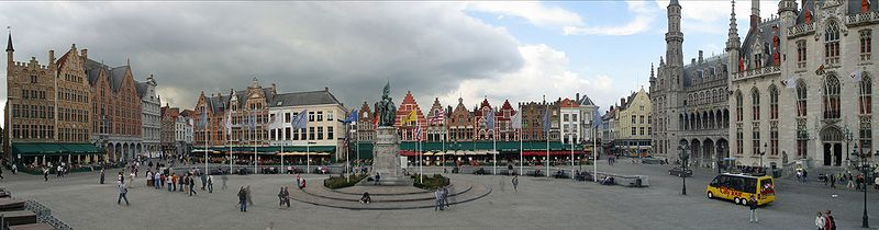 Brujas, Grote Markt ( Fuente: Wikipedia)