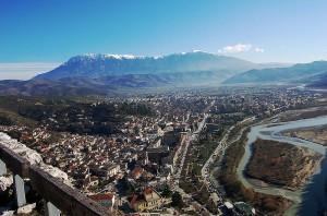 Berat, Albania ( Fuente: Wikipedia )