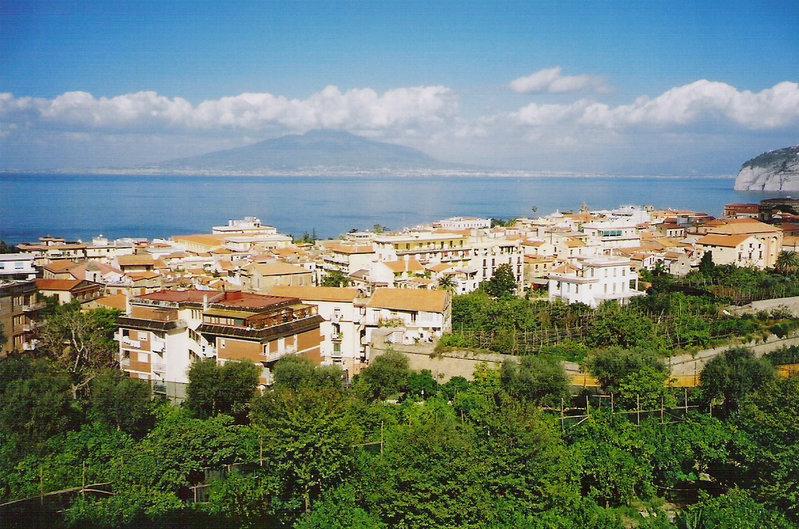 Vista de Sorrento y Vesuvio