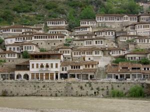 La ciudad de Berat en Albania ( Fuente: Wikipedia )