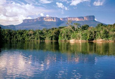 Parque Nacional de Canaima ( Fuente: venezueladescubierta.blogspot.com)
