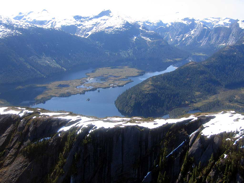 The Misty Fiords National Monument (Fuente: alaskarvcampgrounds.com)