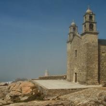 Faro de Muxía y Santuario de Nuestra Señora de la Barca