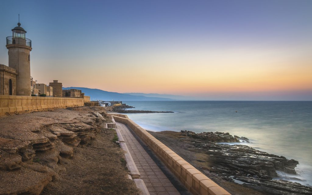 Atardecer en la costa de Roquetas de mar.