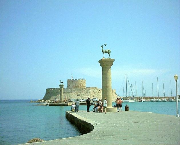 Puerto de Rodas, Grecia