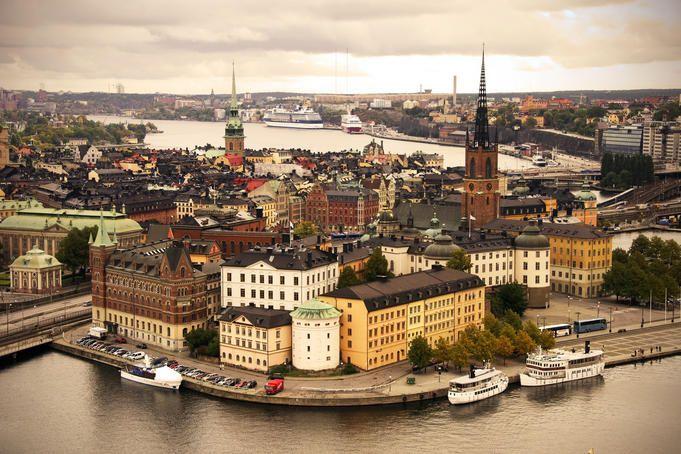 بالصور.. 22 سببًا تجعل السويد أكثر دولة مبهجة على الأرض 1