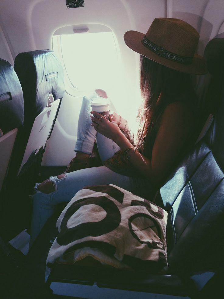 20 سببا للجلوس قرب نافذة الطائرة 1