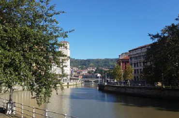 Bilbao: sobrevivir a 48 horas de txakolí