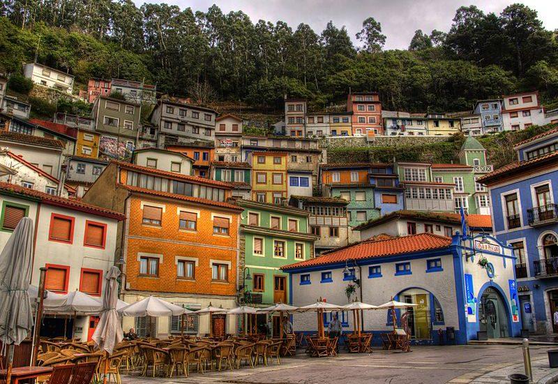 Turismo-en-Asturias-Cudillero
