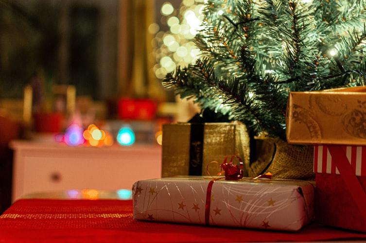 tradiciones-navidad-mundo-regalos