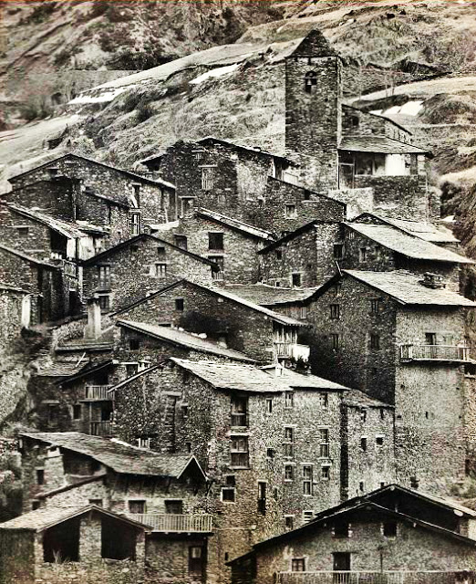 El Pirineu, Catalá Roca
