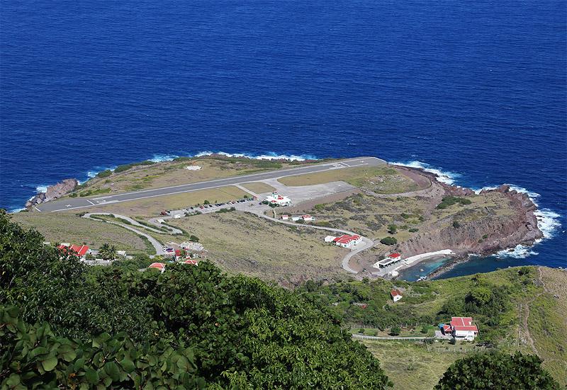 Aeropuerto_isla_saba_airport