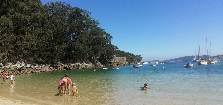 Playa-de-Arneles