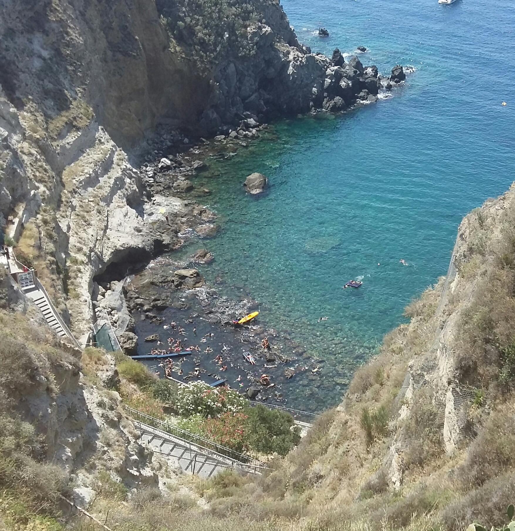 Bahía de Sorgeto