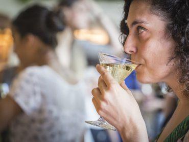 Barcelona se viste de cóctel (y Elvira Aldaz nos lo cuenta)