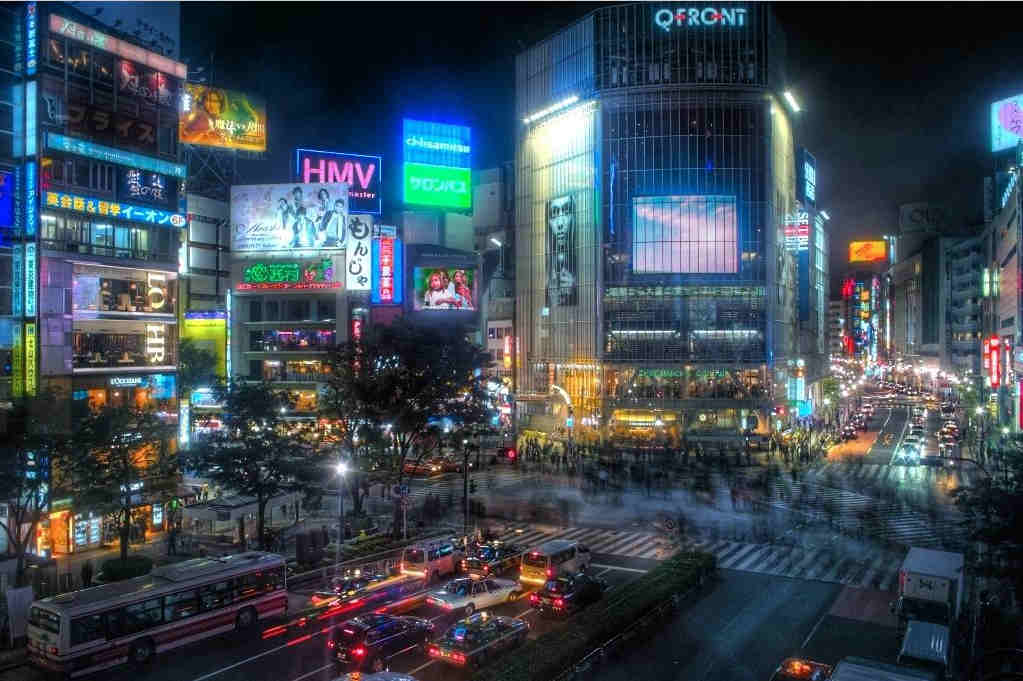 Qué-ver-en-Tokio-Scramble-Kousaten