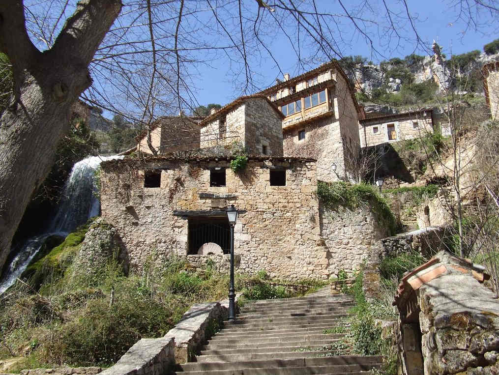 Pueblos-bonitos-de-España-Burgos
