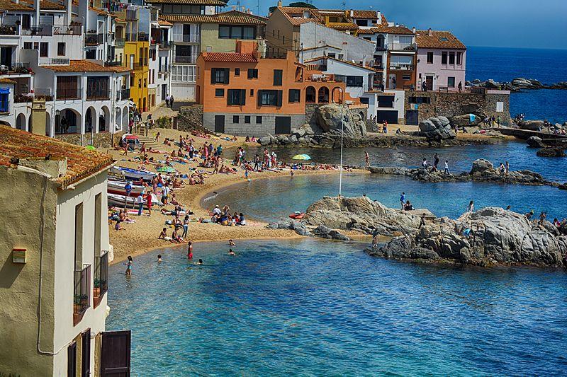 Playa_de_Calella_de_Palafrugell_Cataluña