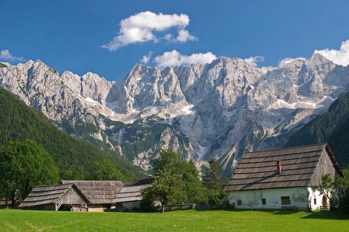 تعرف أكثر علي سلوفينيا.. بلد ميلانيا ترامب 3