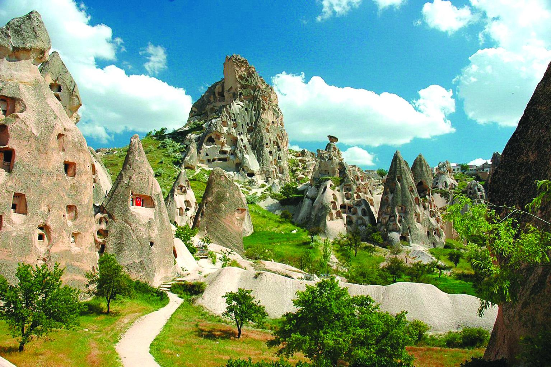 Chimeneas-de-hadas-de-Capadocia-en-Turquía
