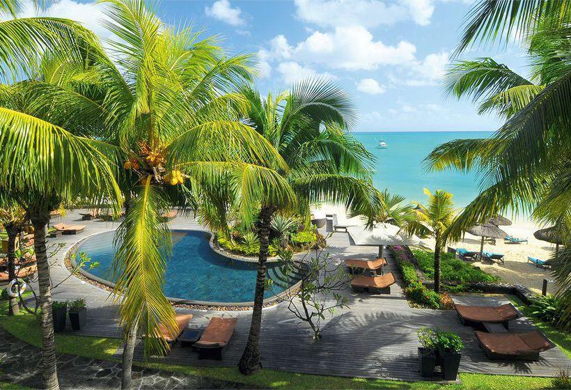 Vista_de_un_resort_de_lujo_en_islamauricio