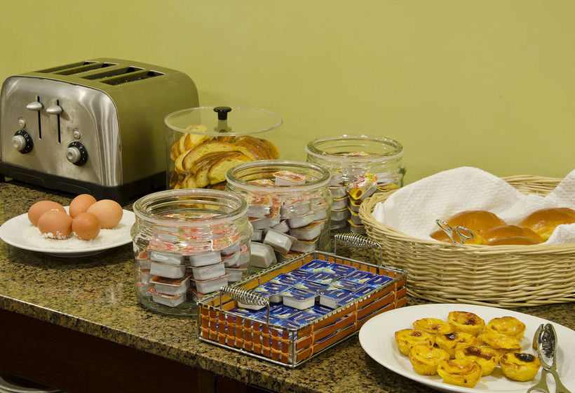 desayuno-bufet-del-hotel-vip-executive-saldanha-lisboa