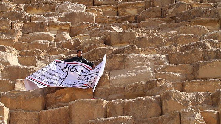 مازن حمزة مغامر مصري يتحدى اﻹعاقة بتسلق أعلى الجبال في العالم 2