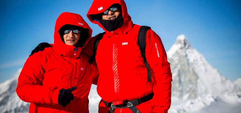 مازن حمزة مغامر مصري يتحدى اﻹعاقة بتسلق أعلى الجبال في العالم 1