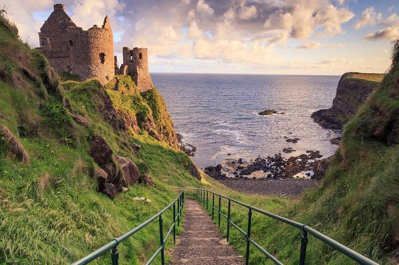 Castillo-de-Dunluce-en-Irlanda