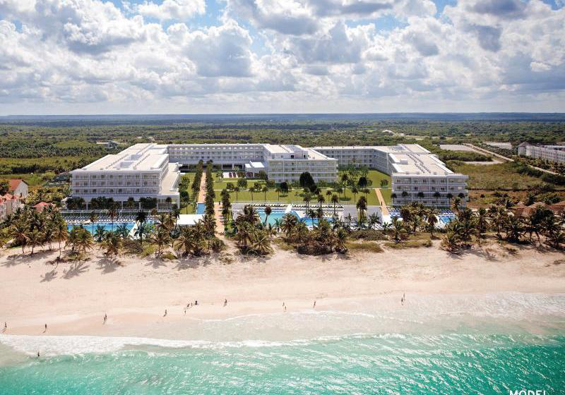 vista-del-hotel-riu-republica-adults-only-punta-cana