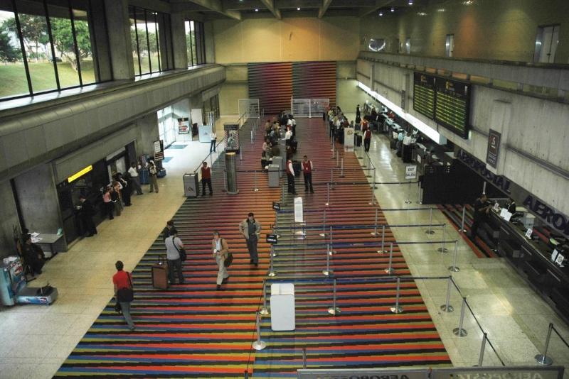 مطار-فنزويلا