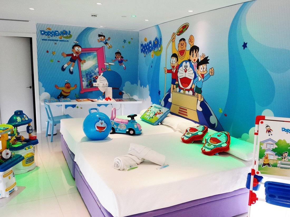habitacion-doraemo-en-el-hotel-juguete-de-alicante