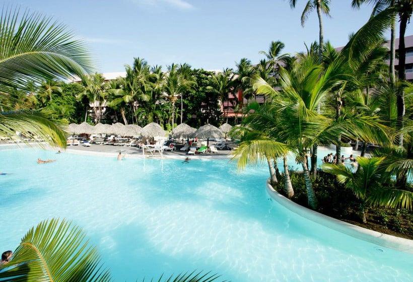 Rui-Nabona-hotel-in-Punta-Cana
