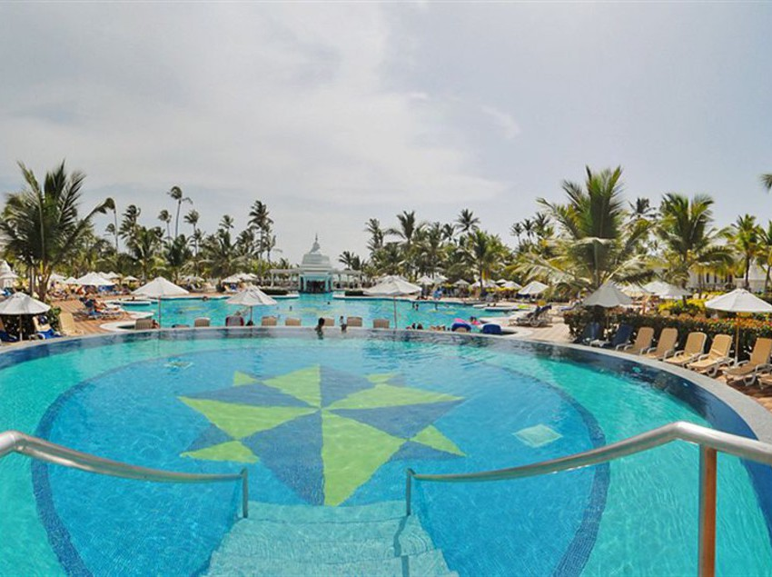 Riu-republica-hotel-in-punta-cana