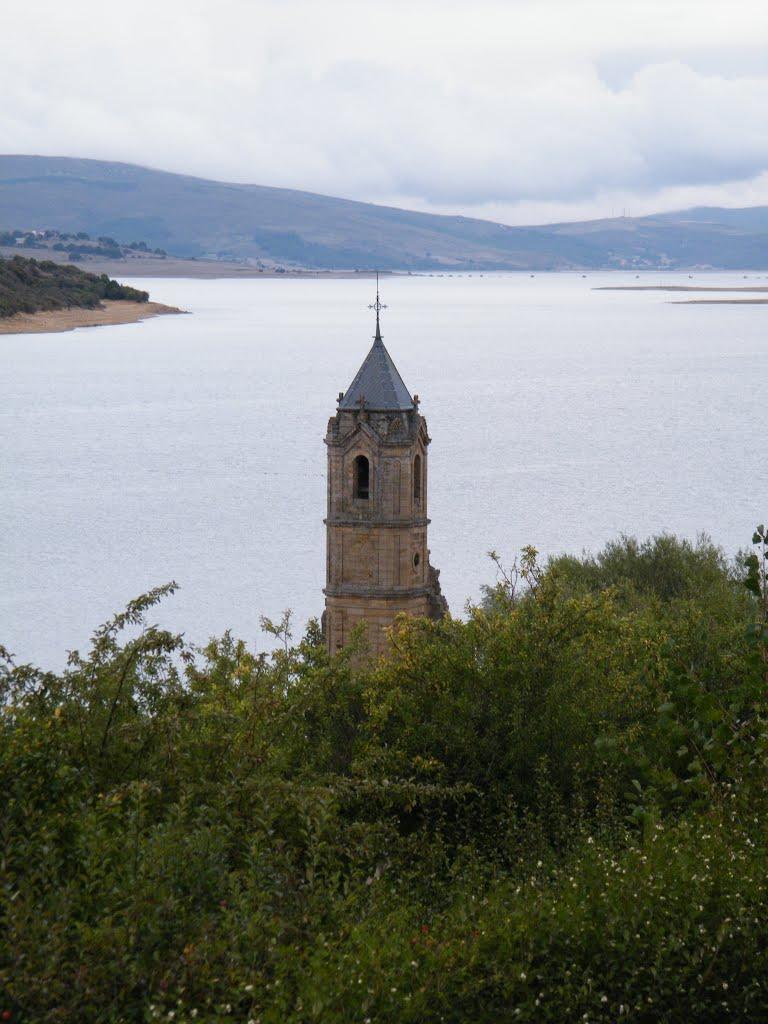 pueblo-sumergido-Las-Rozas-De-Valdearroyo-en-Cantabria