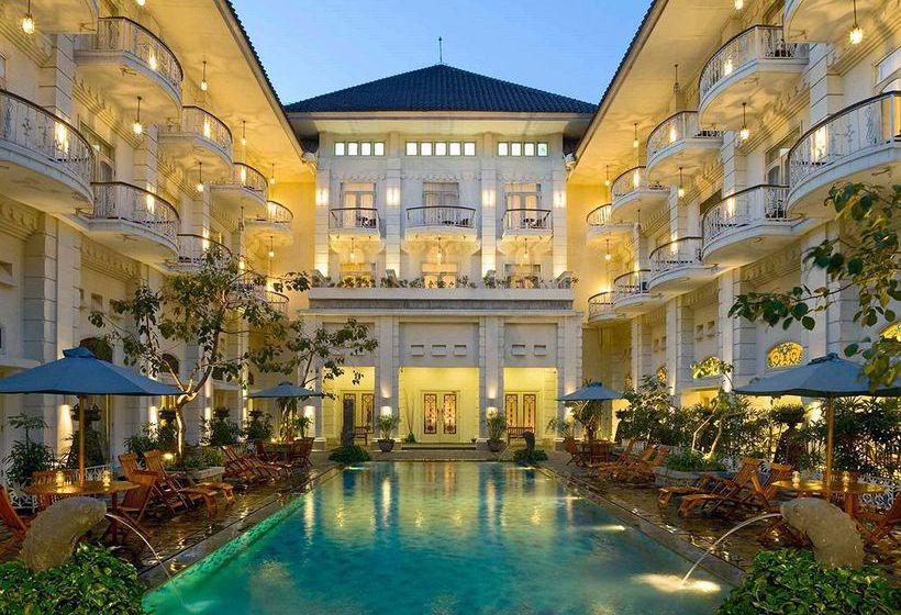 Hotel-The-Phoenix-Yogyakarta