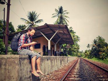 7 'tics' que te delatan como turista (cuando te creías un auténtico viajero)