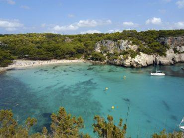 Las mejores playas (y calas) de Menorca