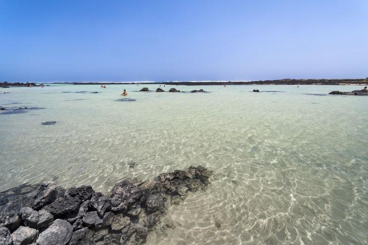 Canarias-lanzarote-playa-caleton-blanco