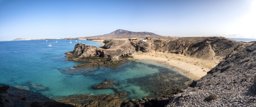 Canarias-Lanzarote-playa-papagayo