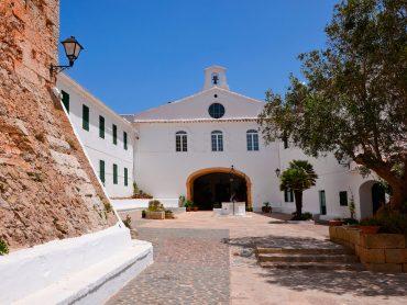 Planes para disfrutar Menorca (sin pisar la playa)
