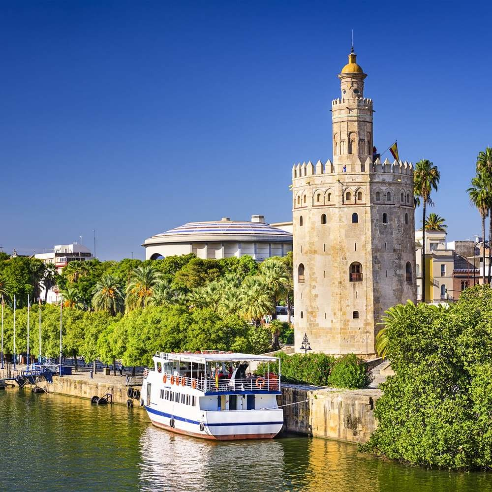 Sevilla_Torre_del_oro_desde_el_Gudalquivir