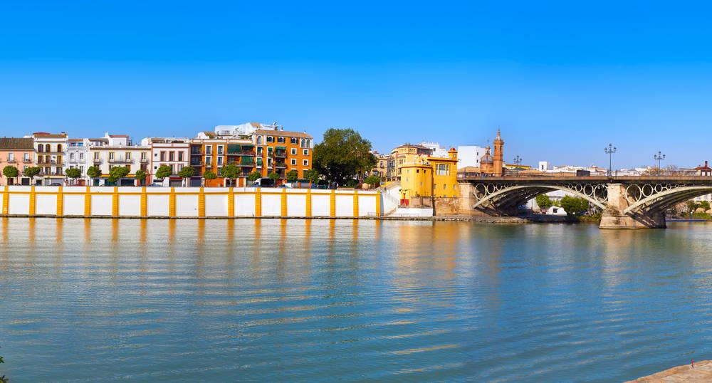 Sevilla_desde_puente_de_Triana