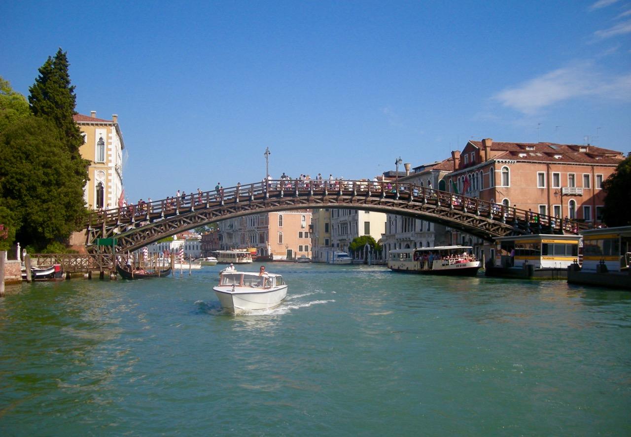 Venecia_puente_De_la_Academia
