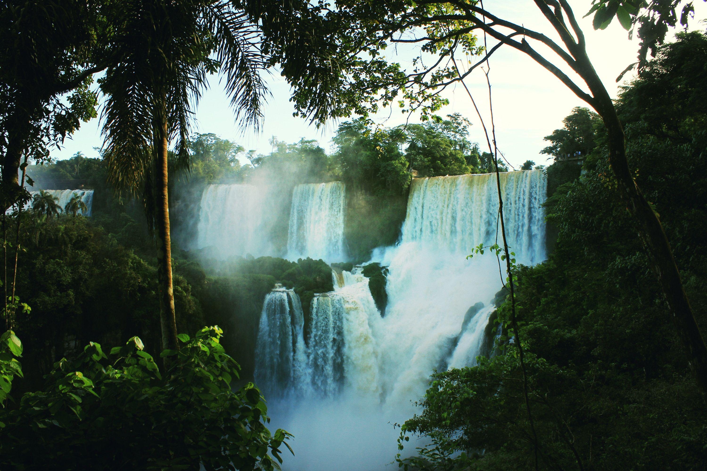 Paisaje maravilloso de las cataratas de Iguazú
