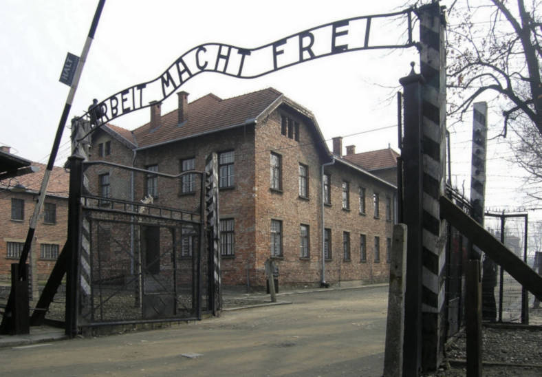 Auschwitz dark tourist
