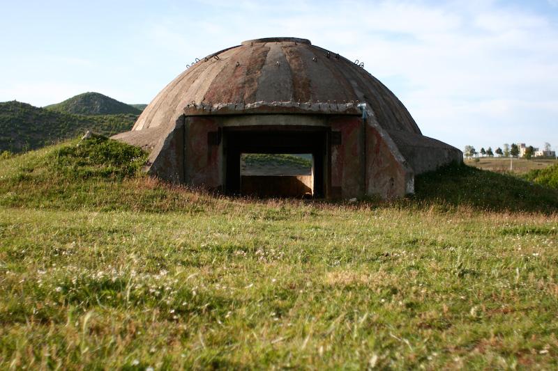 ver un bunker en albania