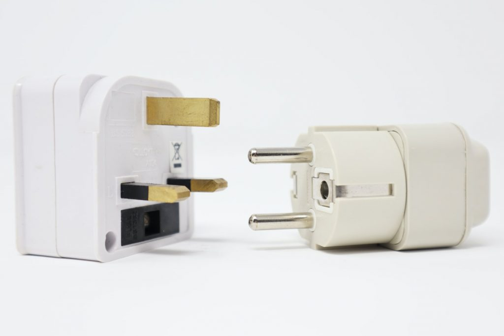 gifts-travelers-adapter