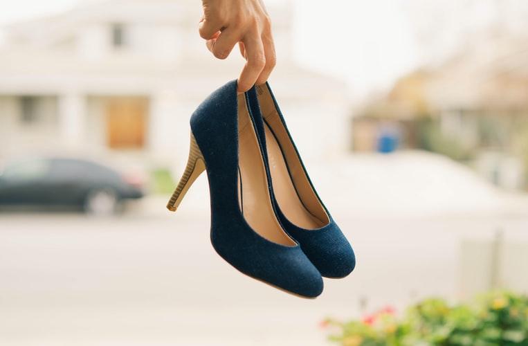 tradicion-navidad-mundo-zapatos-al-aire-republica-checa